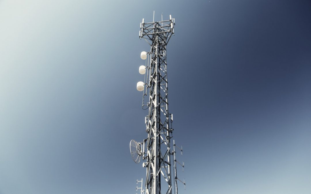 How does fixed wireless work?
